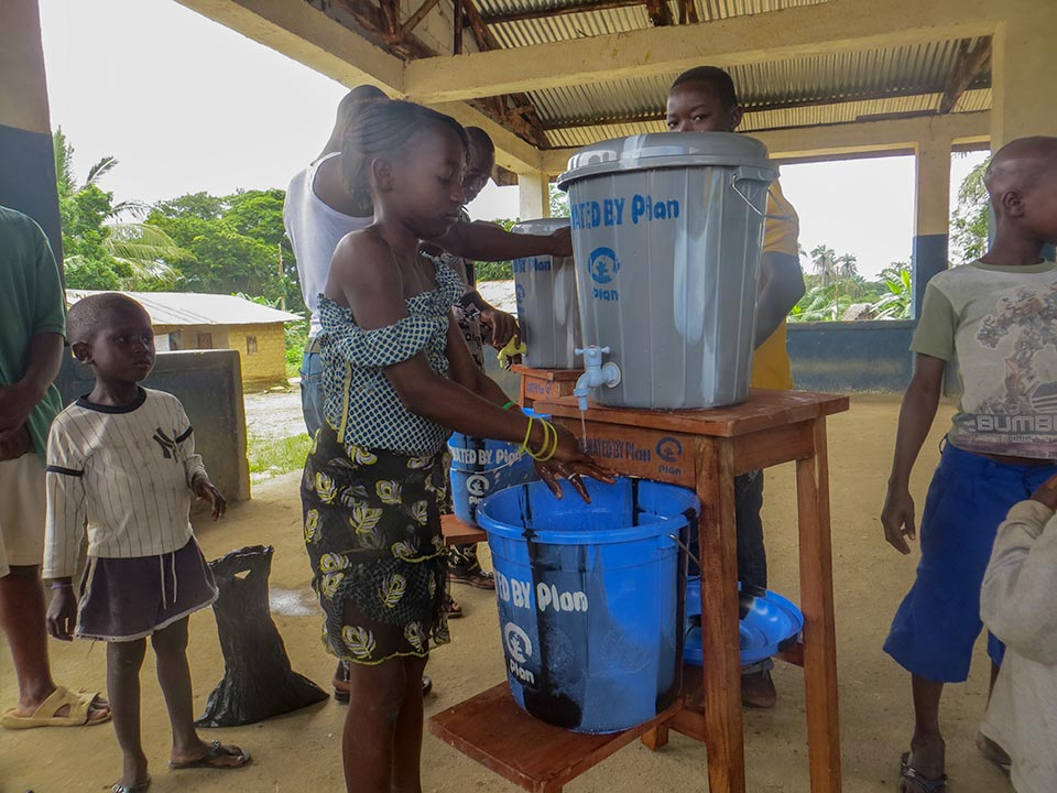 Water supply during Ebola crisis