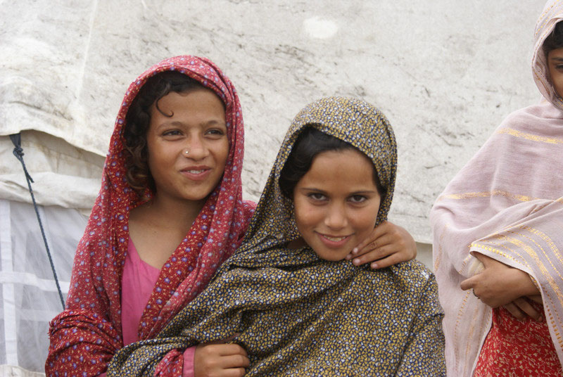 Pakistan earthquake appeal 2011 girls
